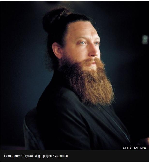 Chrystal Ding poza fotografie portret baiat barbos barba