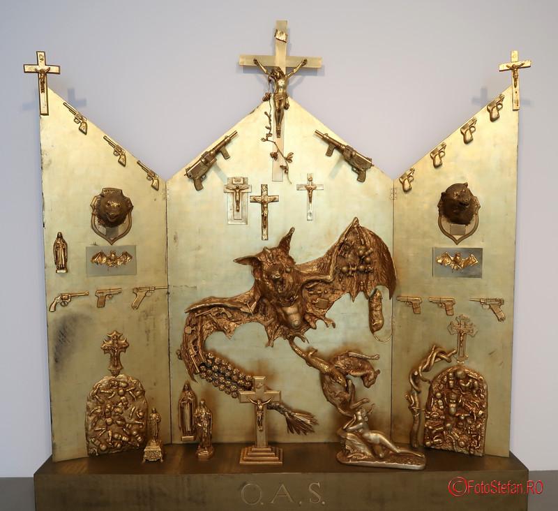 poza altar Muzeul de arta contemporana si moderna din Nisa Franta