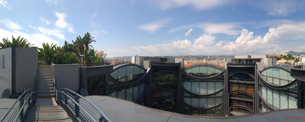 poza panoramica Muzeul de arta contemporana si moderna MAMAC Nisa Franta