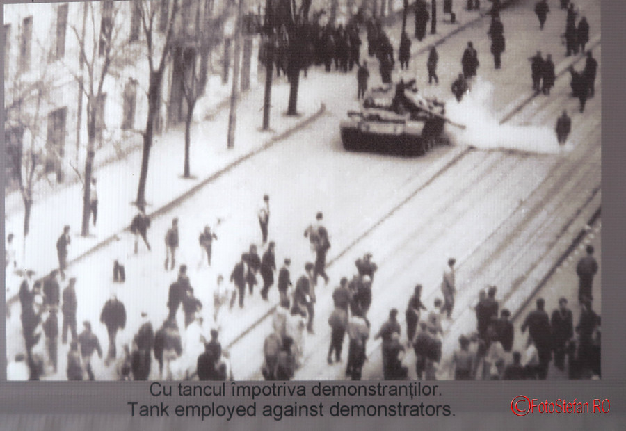 poza tanc demonstranti revolutie decembrie 1989 timisoara romania