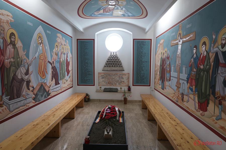 poza capela eroi martiri revolutie decembrie 1989 muzeul Memorialul Revolutiei Timisoara