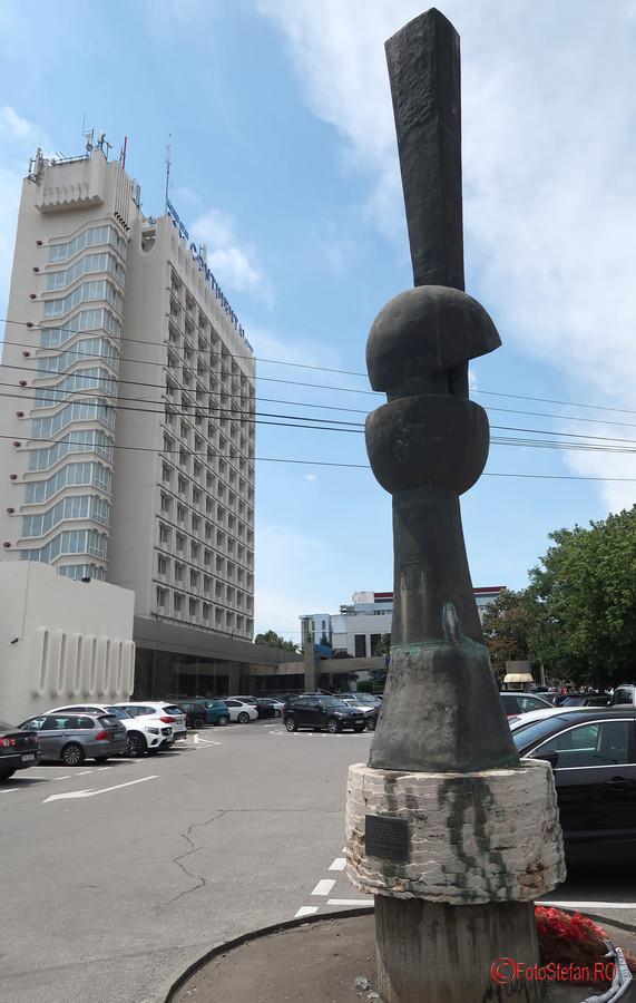 poza monument evolutie timisoara revolutie 1989 romania