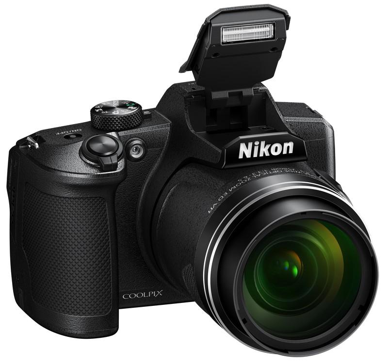 poza aparat foto bridge Nikon COOLPIX B600