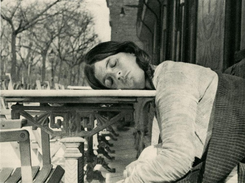 poza lab negru fata dormind fotografie Eliazar Lotar Teodorescu
