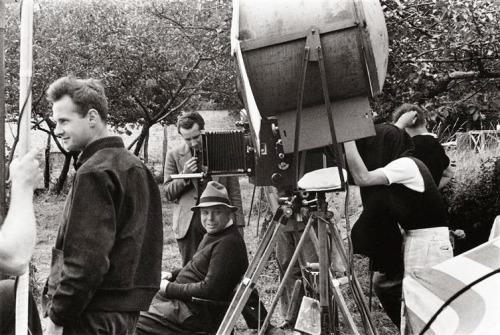 poza fotografi francezi Henri Cartier Bresson Jean Renoir Jacques Becker