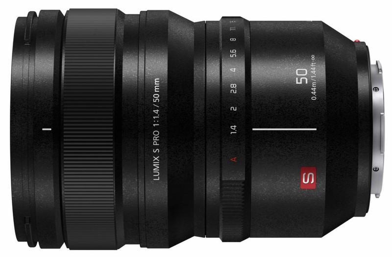 poza obiectiv Panasonic LUMIX S PRO 50mm f/1.4