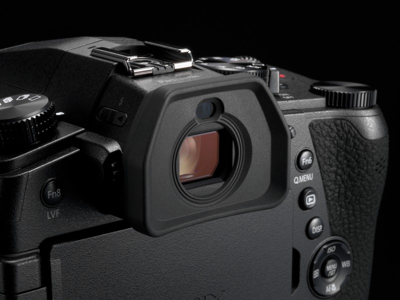 vizor aparat foto Panasonic Lumix FZ1000 II