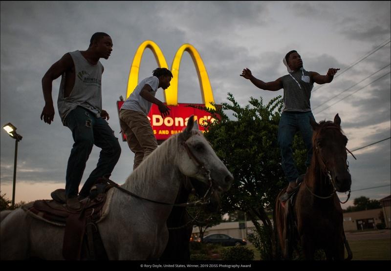 poza cowboy mcdonald's mississippi sua