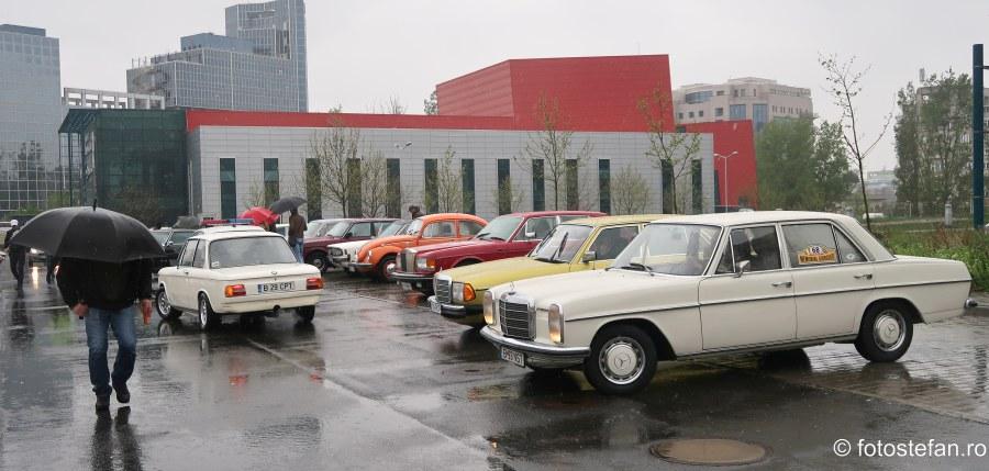 poze masini istorice clasice retromobil bucuresti ploaie