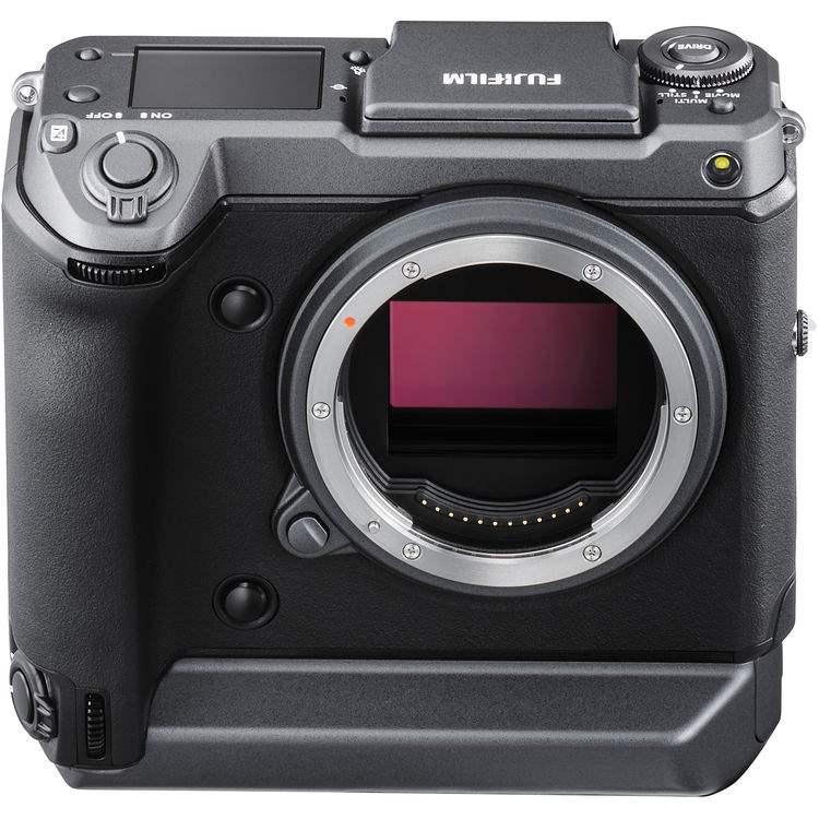 poza senzor medium format aparat foto Fujifilm GFX100