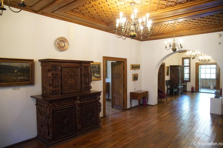 Muzeul Theodor Pallady poza interior casa melik bucuresti
