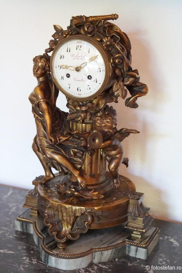 poza ceas de masa arta casa melik bucuresti