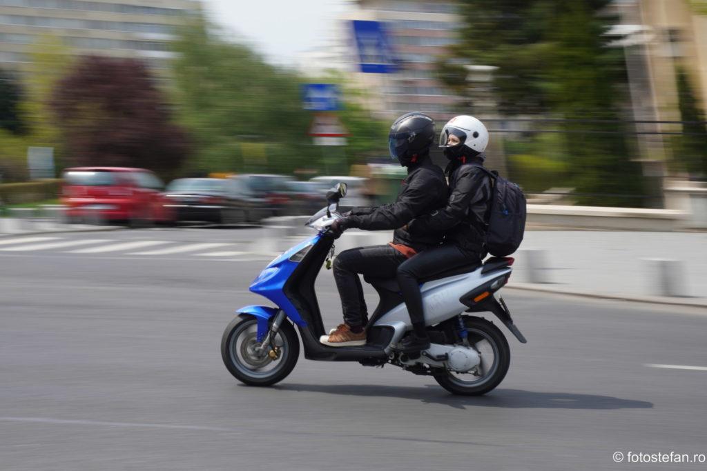 poza motoscuter bucuresti calea victoriei