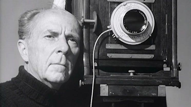 Edward Weston poza fotograf profesionist