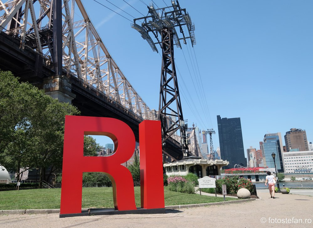 fotografie turism america new york insula roosevelt statie telecabina