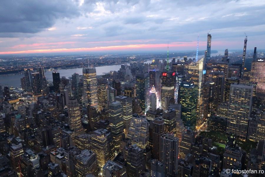 Empire State Building atractie turistica new york zgarie nori etaj 86