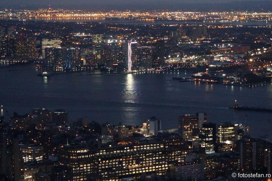 poza seara new york lumini vacanta sua