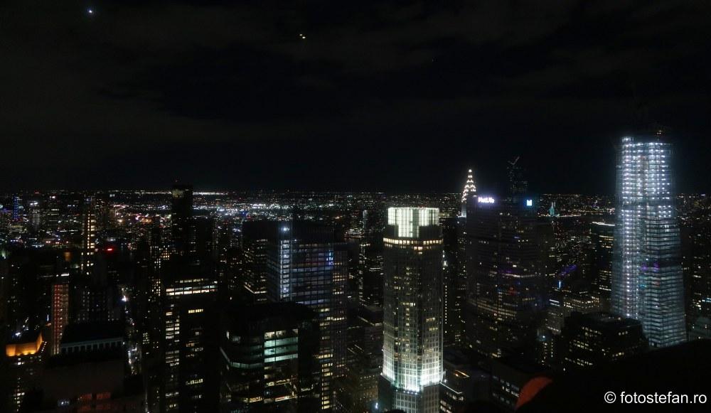 zgarie nori new york seara lumini