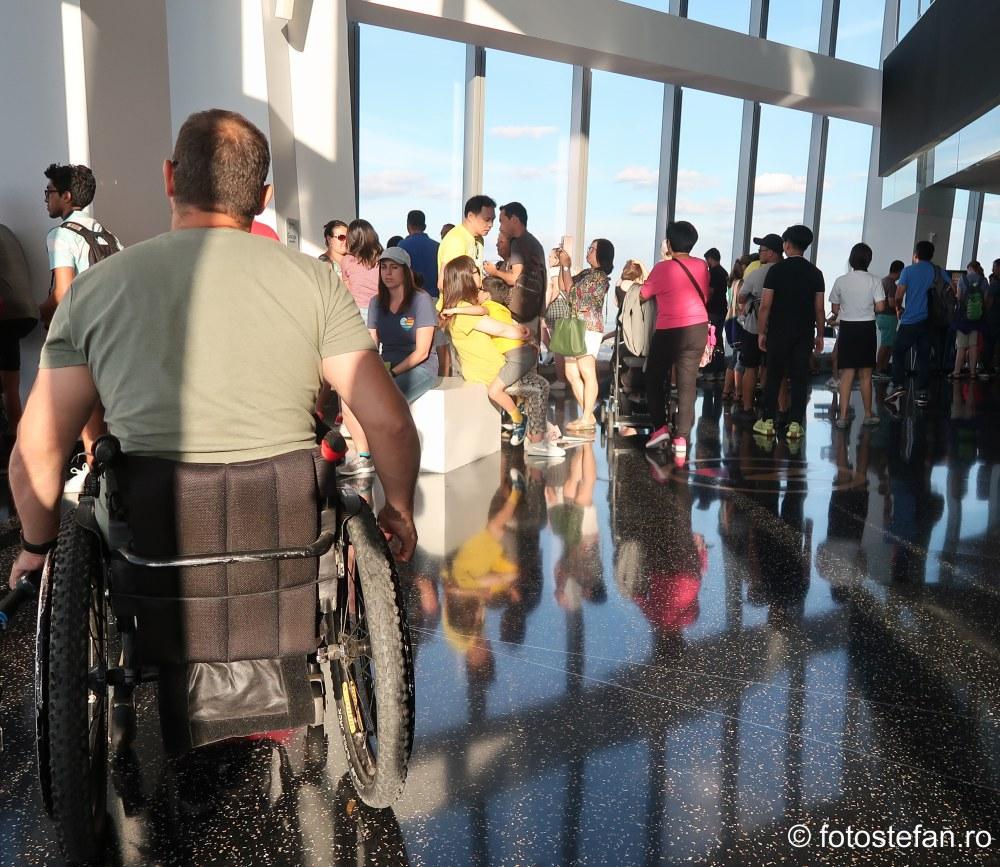 acces persoane dezabilitati One World Observatory