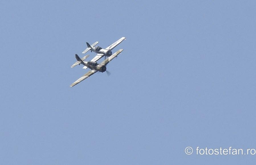 poze Iacarii Acrobati Jurgis Kairys avionul  Suhoi Su-31 bucuresti