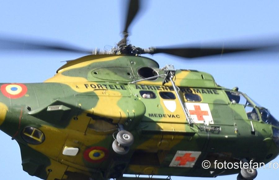 fotograf telefon mobil elicopter militar iar 330 puma lacul morii bucuresti