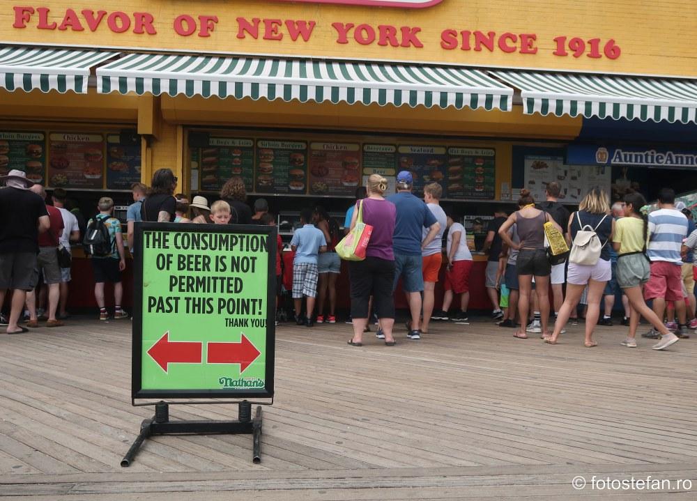 poza afis consum bauturi alcoolice spatiul public america new york