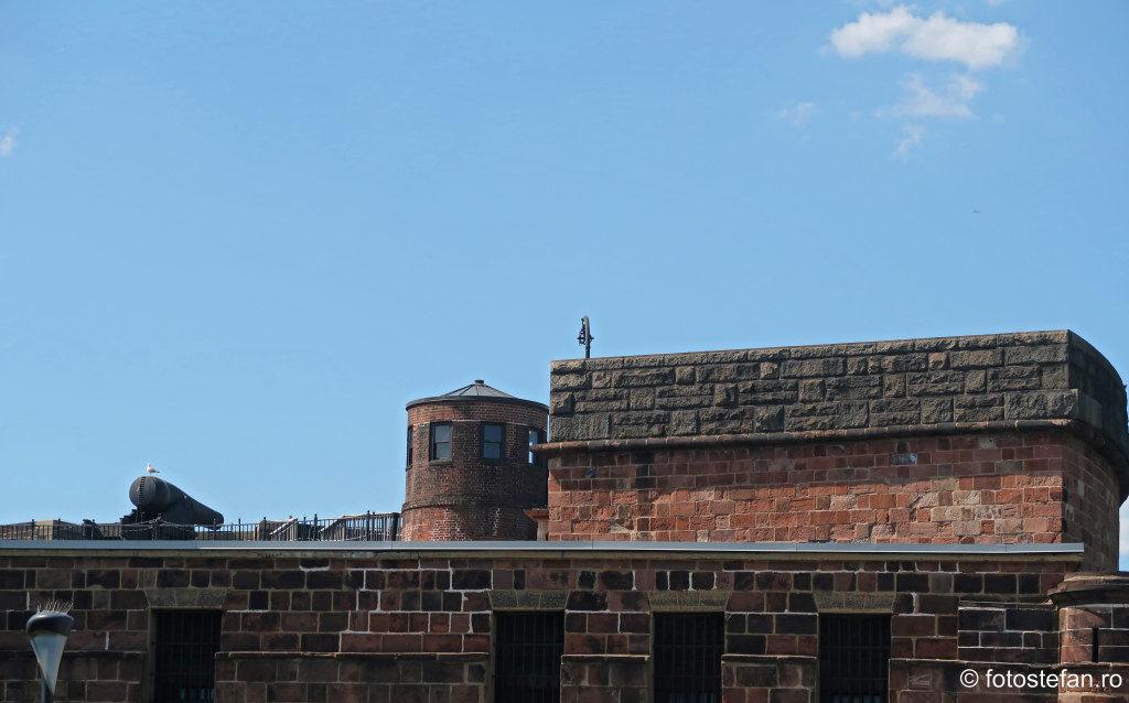 Governors Island Fort Jay fotografii atractii turistice amrica