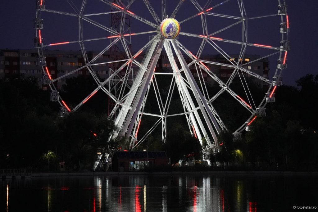 fotografii roata mare lumini seara parc tei