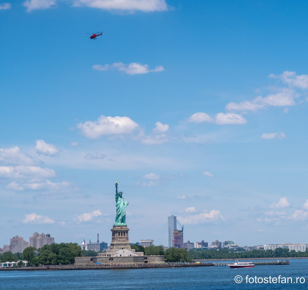 poze statuia libertatii calatorie feribot insula Staten