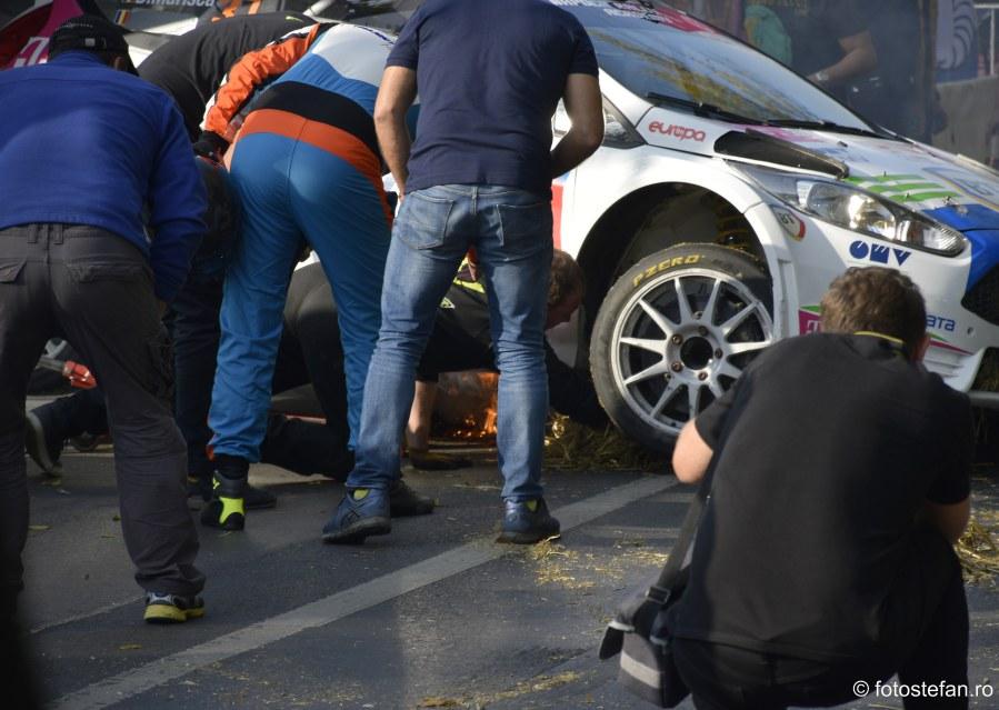 fotografie incendiu paddock Super Rally Bucuresti poze