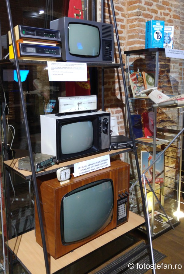 poza televizoare romanesti fotografii expozitia made in ro bucuresti