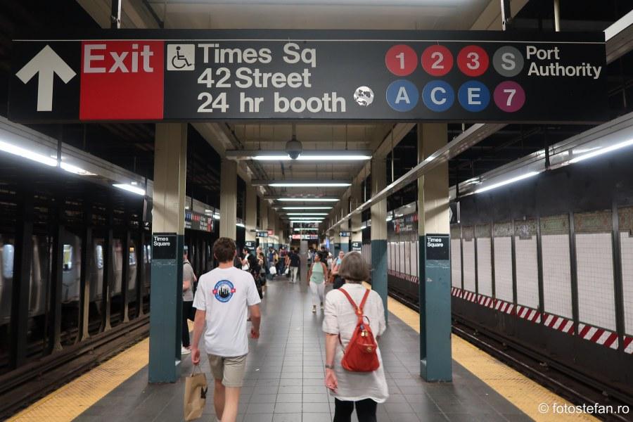 poza peron metrou times aquare new york calatorie