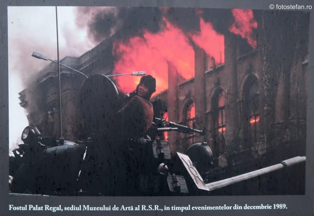 poza muzeul de arta bucuresti foc incendiu decembrie 1989