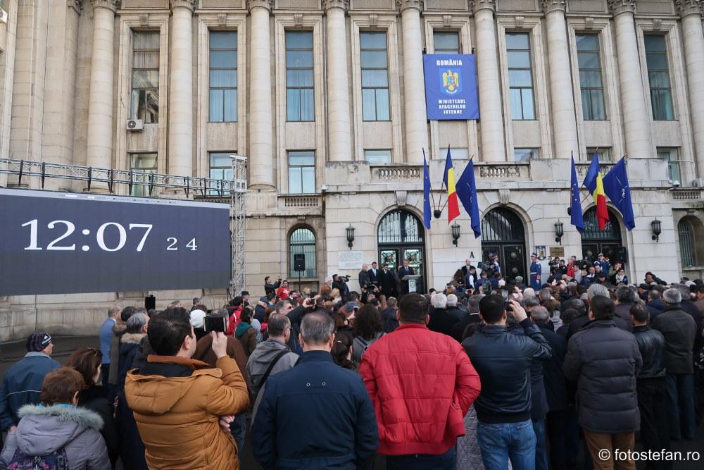 fotografii ziua portilor deschise Comitetul Central al PCR sediul ministerului afacerilor interne