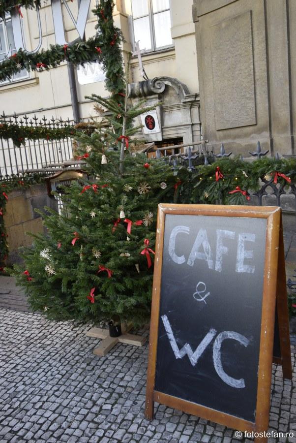 cafenea wc contra cost praga city break iarna frig