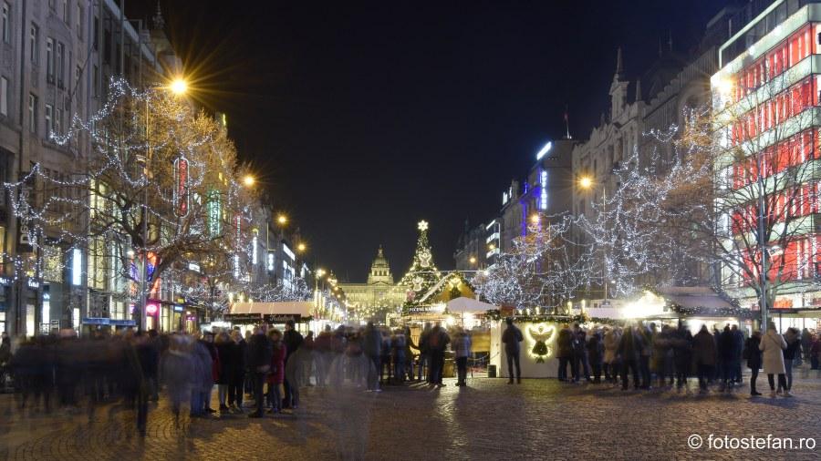 fotografii lumini craciun Wenceslas Square praga