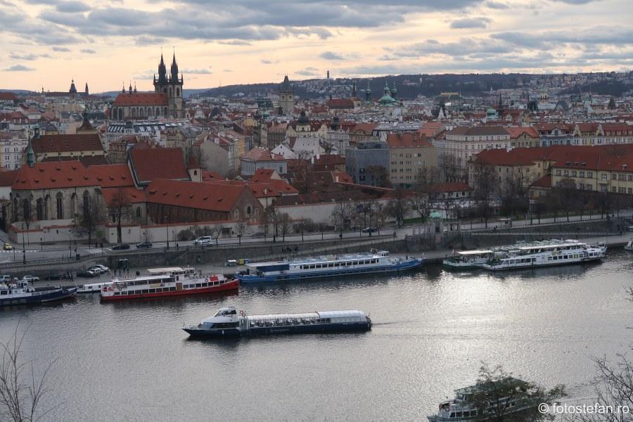 Praga vazuta de sus parcul Letna decembrie