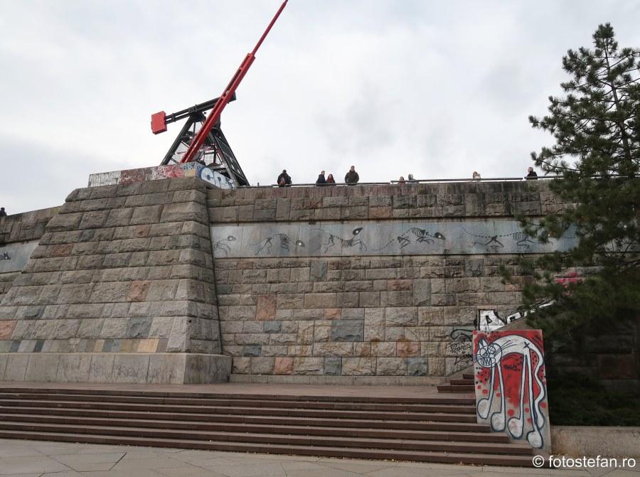 fotografie metronom praga parc letna decembrie obiectiv turistic