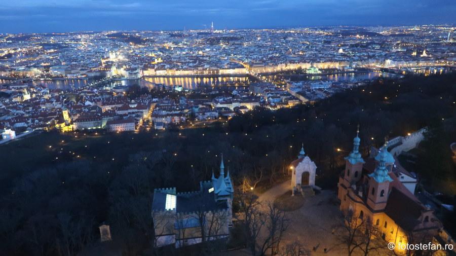 Praga vazuta de sus seara poze city break decembrie