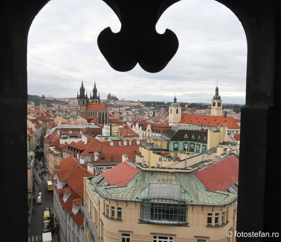 Praga vazuta de sus detaliu arcada arhitectura