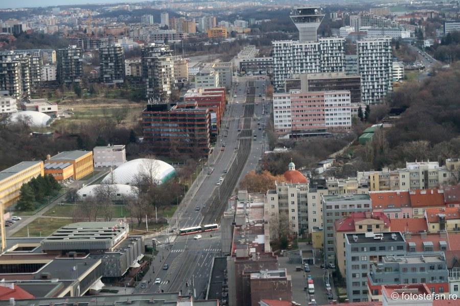 Praga vazuta de sus bulevard strazi