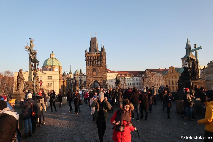 poze praga city break decembrie podul Carlov