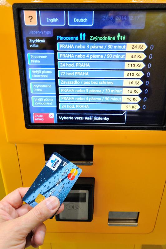 Transportul public in Praga automat bilete plata card bancar