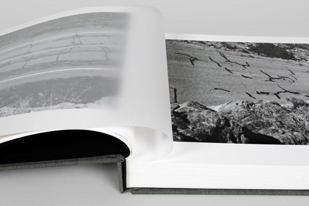 carte fotografii ed ruscha on the road