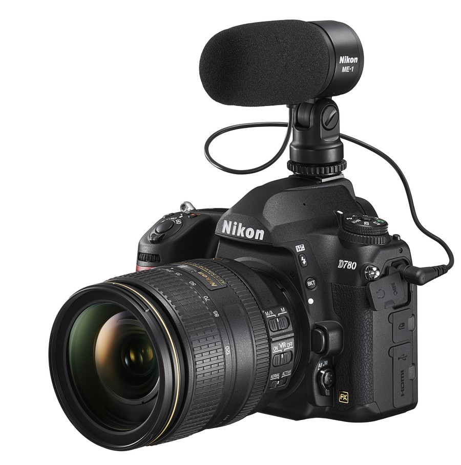 poza aparat foto Nikon D780 microfon NIkon Me-1