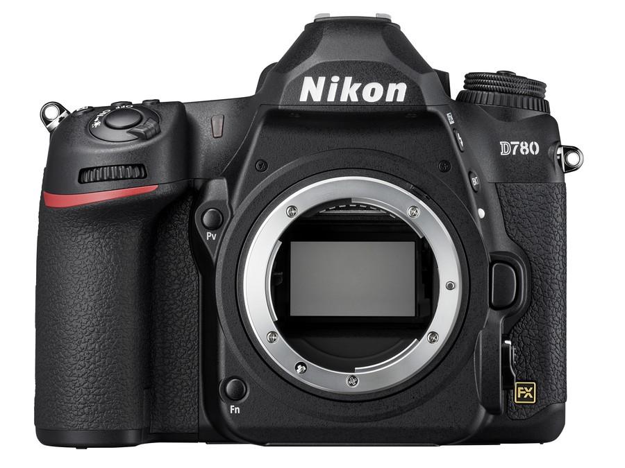 senzor full frame dslr Nikon D780