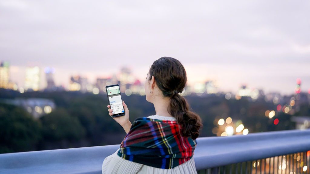 Sony Xperia 10 ll telefon mobil rezisten apa ecran oled mare