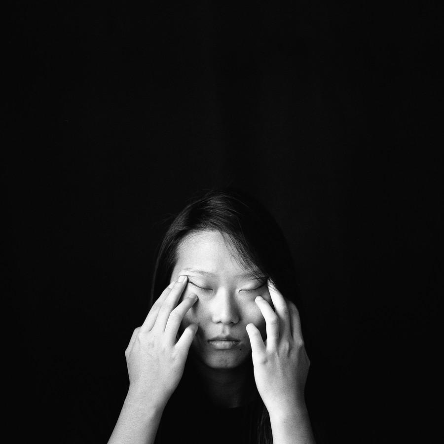 Kyeong Jun Yang portret alb negru chinezoaica  Julie Chen