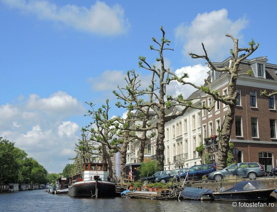 Locuri de vizitat in Amsterdam plimbare barca canal