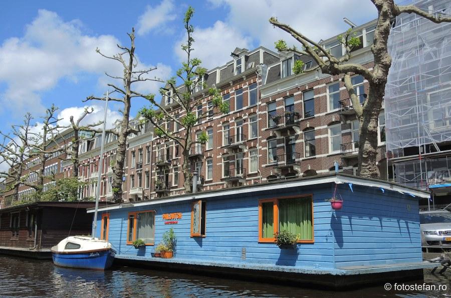 poza casa plutitoare Locuri de vizitat in Amsterdam